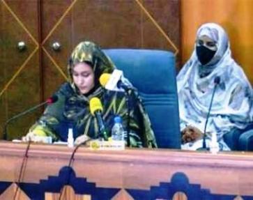 الوزيرة بنت هارون تؤكد من دكار على أولوية تعزيز دور المرأة